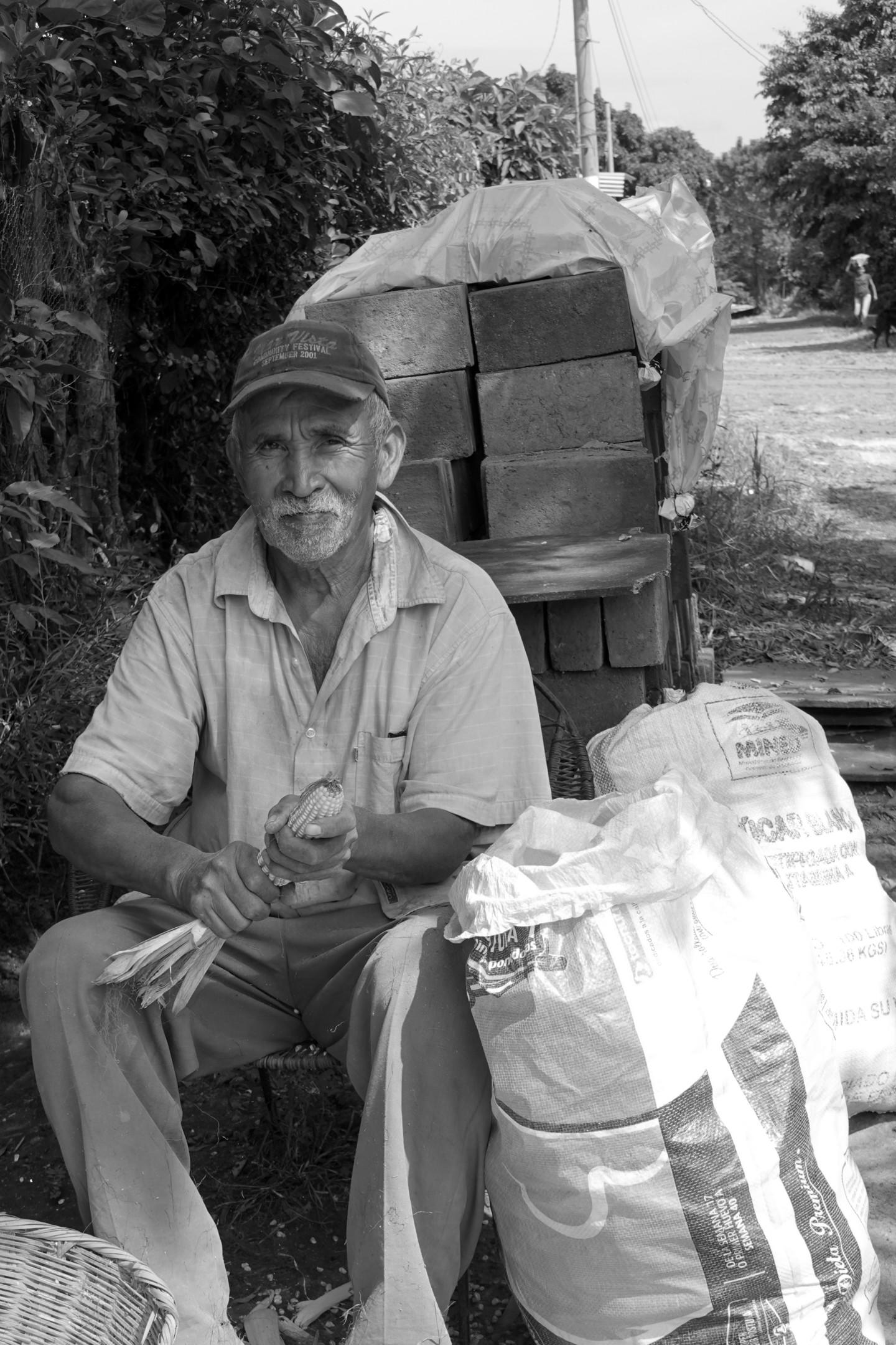 Lucien Duhamel - Voyage humanitaire